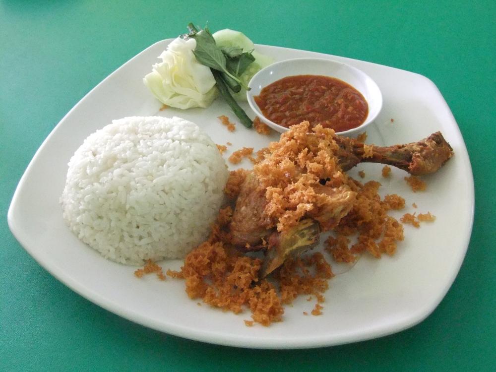 Ayam_goreng_Kalasan_(ayam_kampung)_Ayam_Goreng_Prambanan_Bali